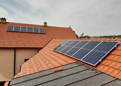 Fotovoltaická elektrárna 3,65 kWp, Akumulace energie do baterie