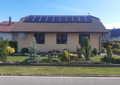 Fotovoltaická elektrárna 3,65 KWp, Akumulace energie do baterií